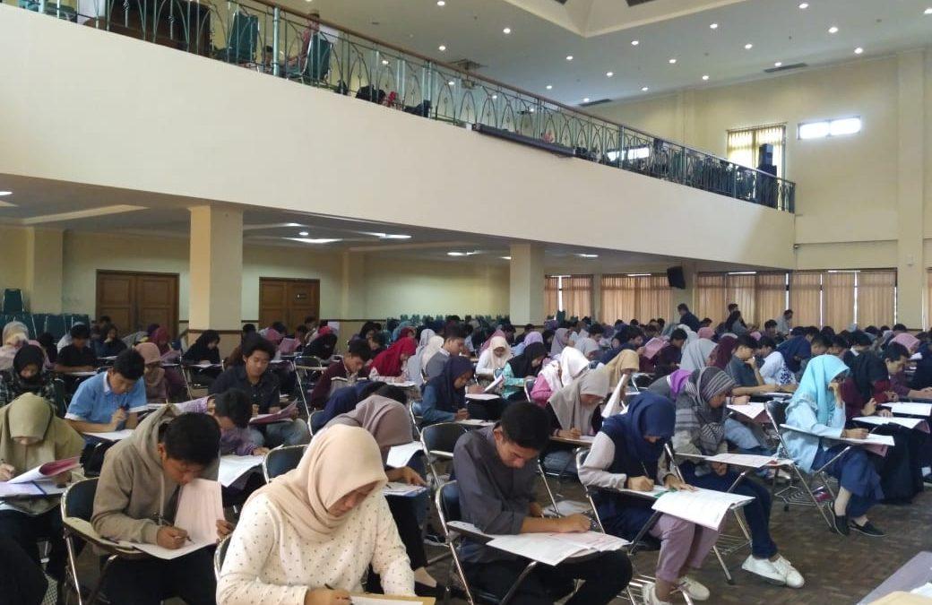 17.300 Calon Mahasiswa Baru Ikuti Seleksi Ujian Mandiri