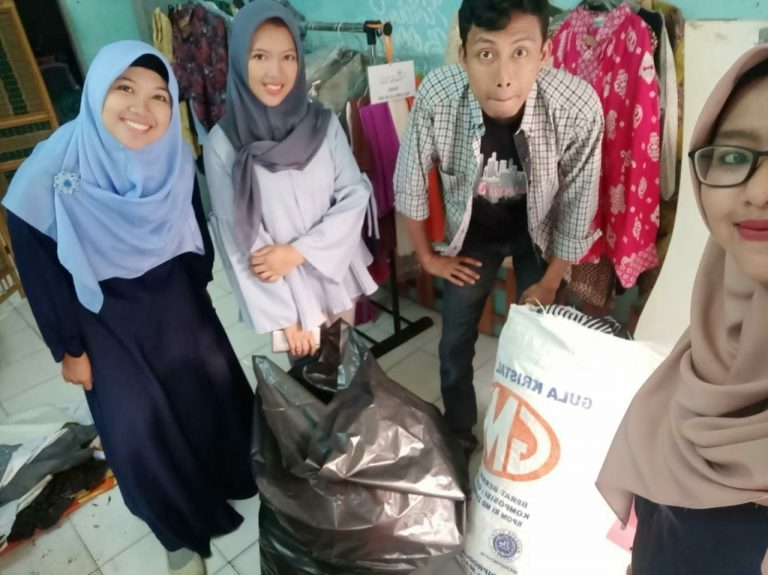 STF Distributes Donation for KKN activities