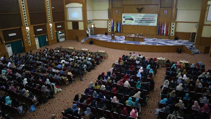FAH UIN Jakarta Pelopori Mata Kuliah Pendidikan Anti Korupsi