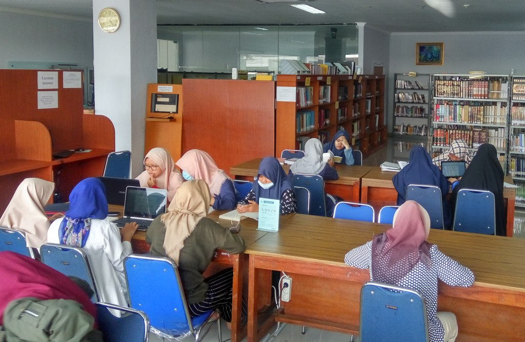 Minat Baca Mahasiswa FAH Makin Meningkat