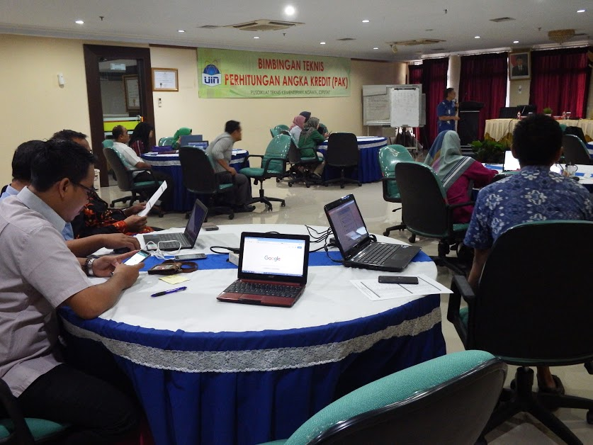 OKP Gelar Bimtek Penilaian Angka Kredit Jabatan Fungsional Dosen