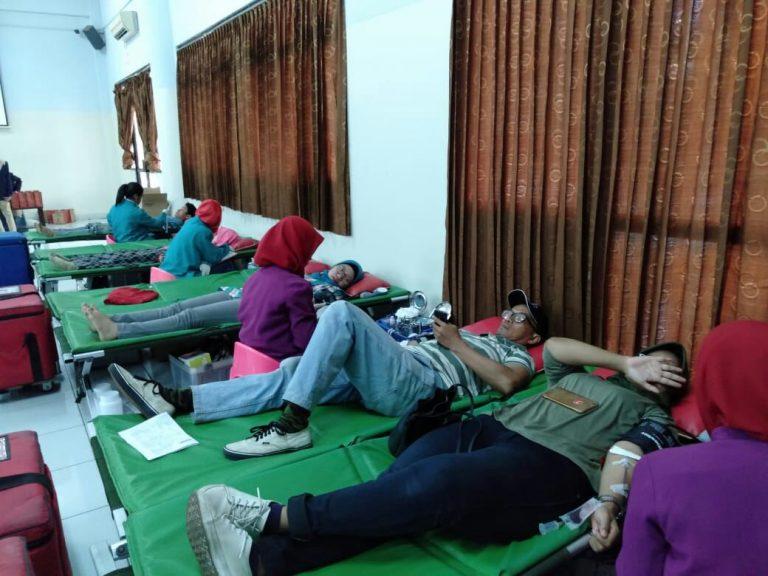 FST UIN Jakarta Gelar Kegiatan Donor Darah