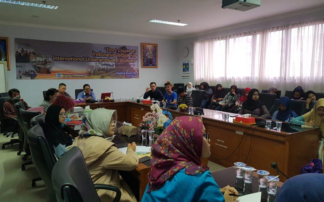 Perkenalkan Budaya Islam dan Indonesia Kepada Mahasiswa Asing, FAH Gelar Short Course