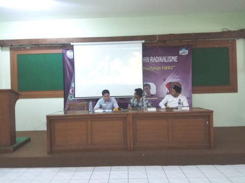DEMA Faculty of Ushuluddin held Seminar and Socialization Against Radicalism