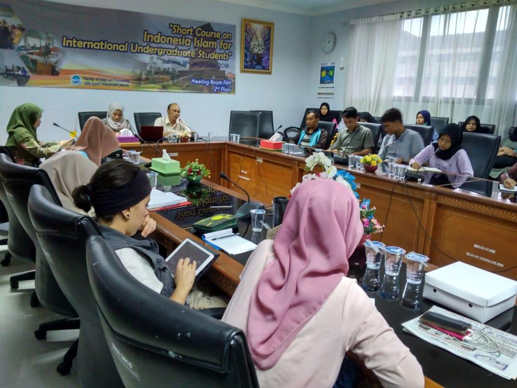 FAH UIN Jakarta Holds Short Course for International Undergraduate Students