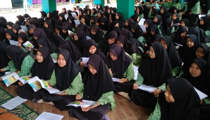 Siswa-Santri Pandeglang Antusias Ikuti Sosialisasi UIN Jakarta
