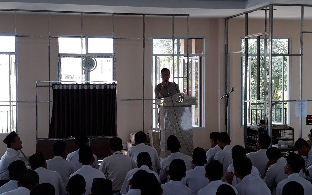 FAH UIN Jakarta Berbagi Informasi dan Motivasi di Batam