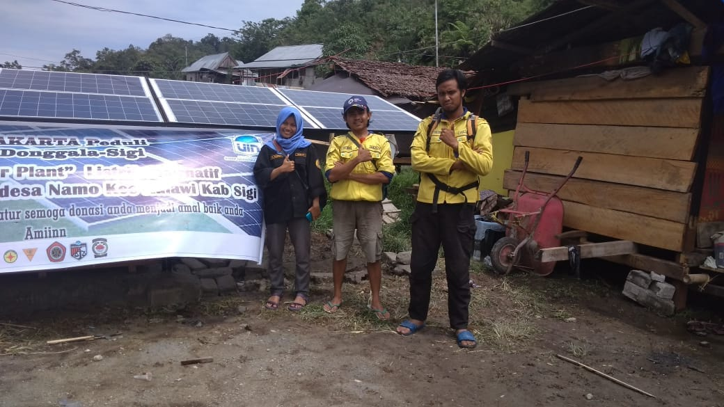 Ranita UIN Jakarta Builds Solar Powered Electric Panels in Namo Village