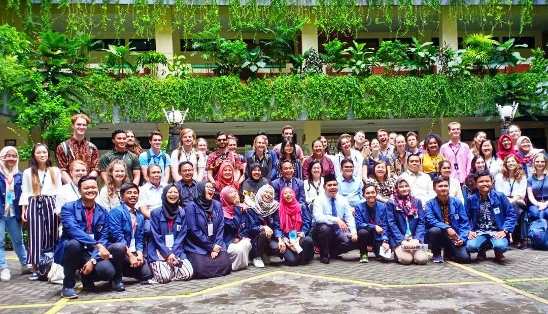 Mahasiswa Hukum Tiga Negara Kunjungi FSH UIN Jakarta
