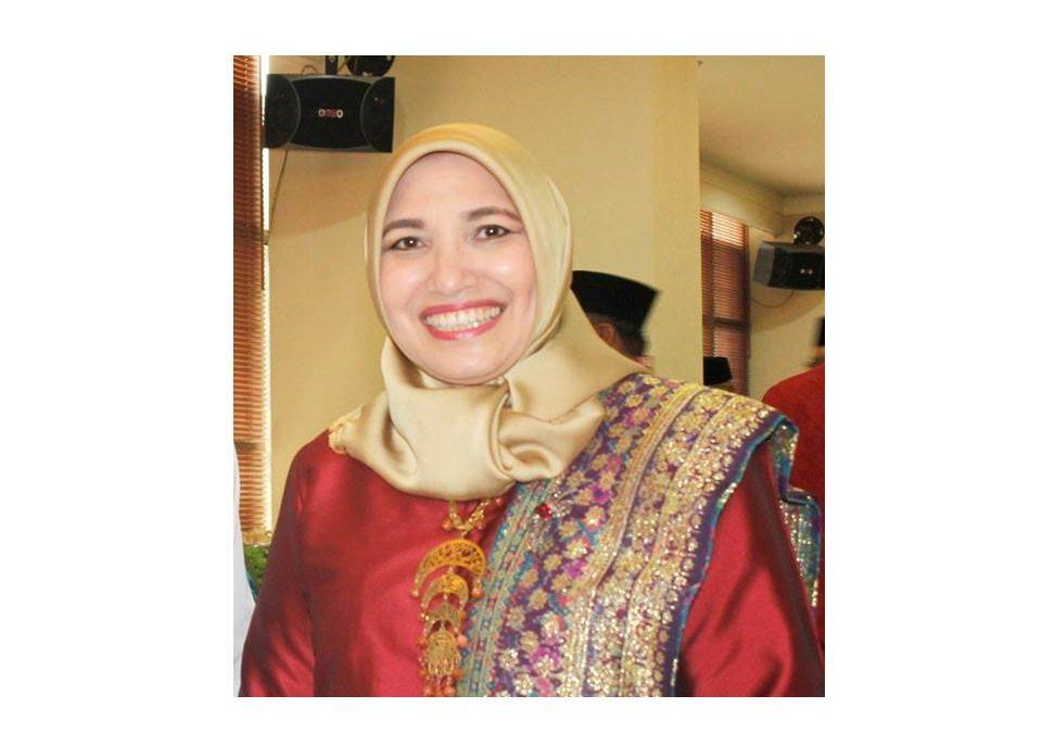 Mengenal Amany Lubis, Rektor Perempuan Pertama UIN Jakarta