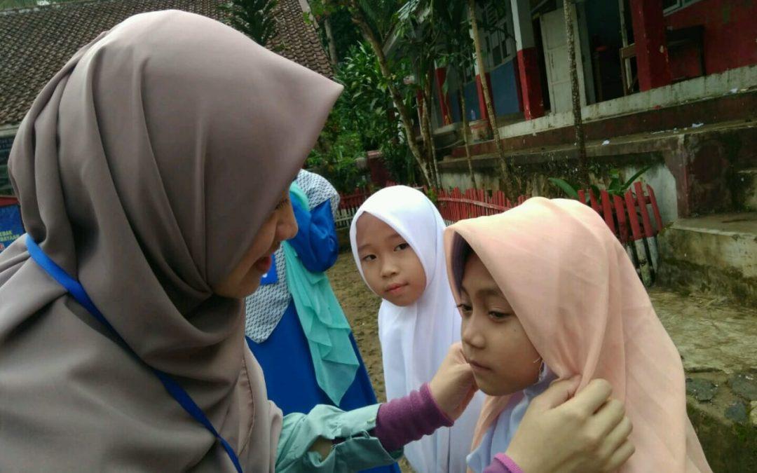 Isi Liburan, Ratusan Mahasiswa Terjun Mengajar di Desa