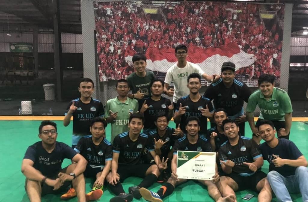 Tim FK UIN Jakarta Sabet Juara YARSI Medical Futsal