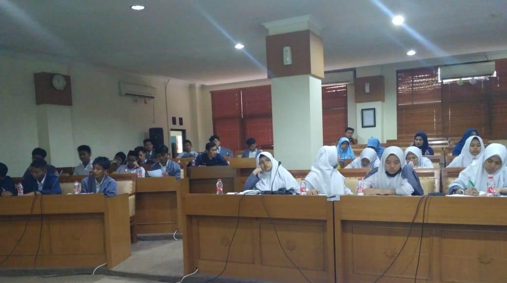 Students of SMA IT An-Nur Cikarang Visits UIN Jakarta