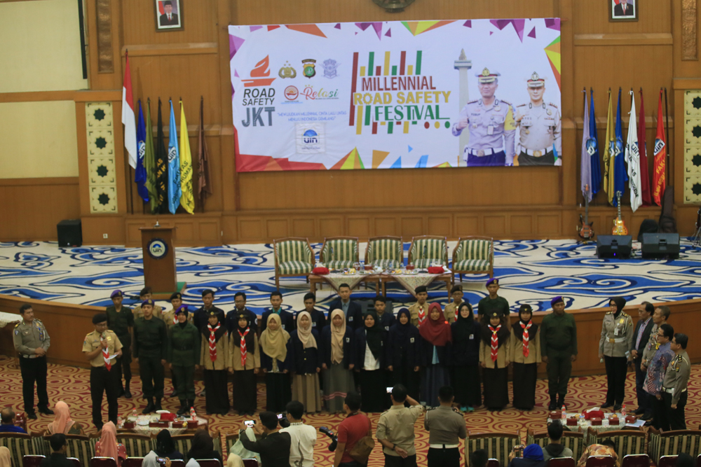 UIN Jakarta-Polda Metro holds Millenial Road Safety Festival