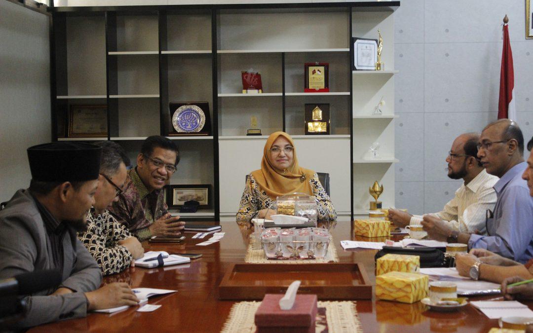 زيارة السلطات البنغلاديشية للتعليم العالى ل UIN جاكرتا