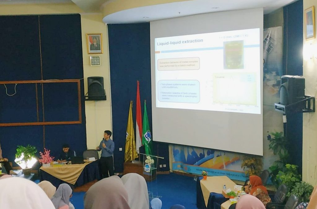 Prodi Kimia FST UIN Jakarta Gelar Studium General