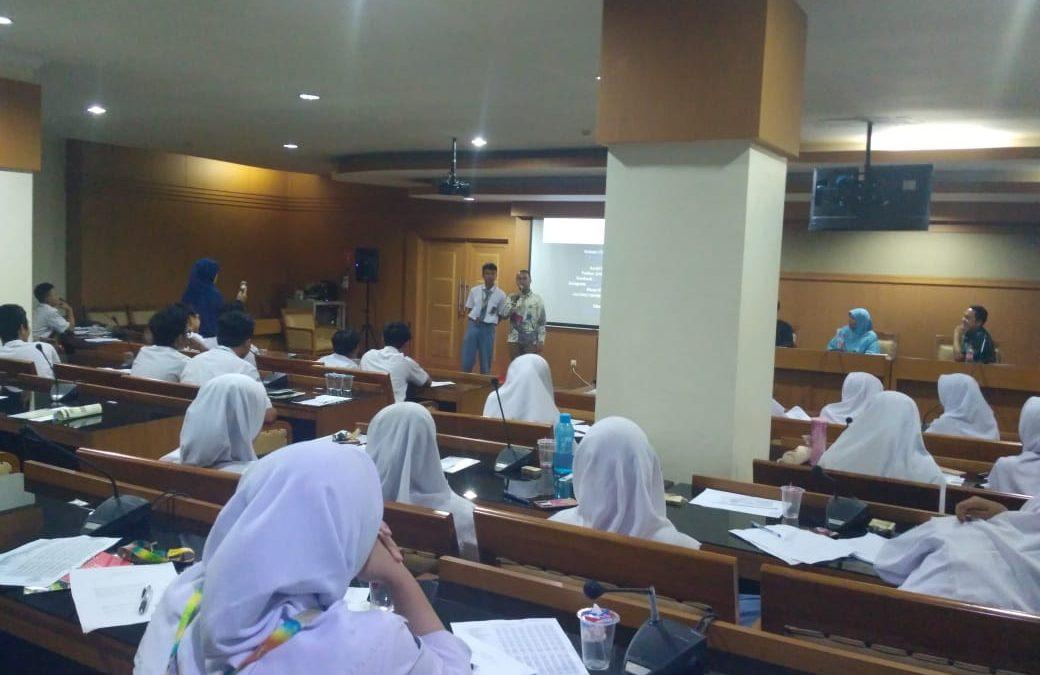 SMAIT Asy-Syukriyyah Tangerang Berkunjung ke UIN Jakarta