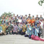 "Rektor, Panglima TNI, dan Tokoh Lintas Agama Gelar ""Joy Sailing"" Pemilu Damai"