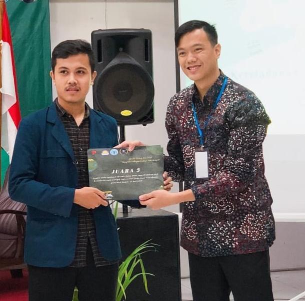 Mahasiswa FSH Kembali Torehkan Prestasi di Kancah Nasional