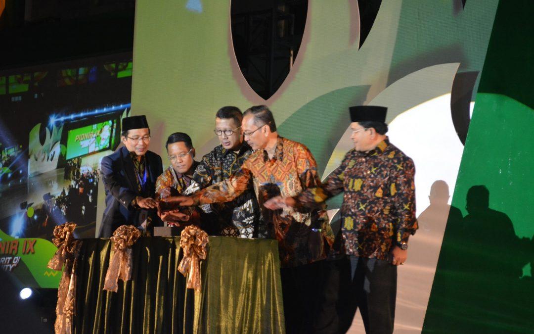 Pesta Kembang Api Meriahkan Pembukaan Pionir IX