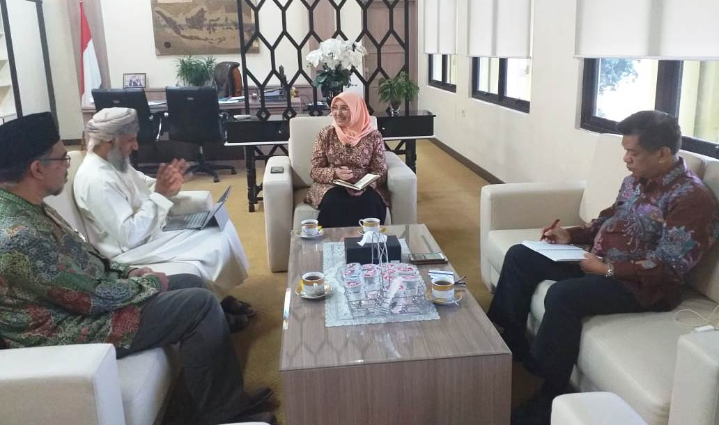 Perguruan Tinggi Oman Jajaki Kerjasama