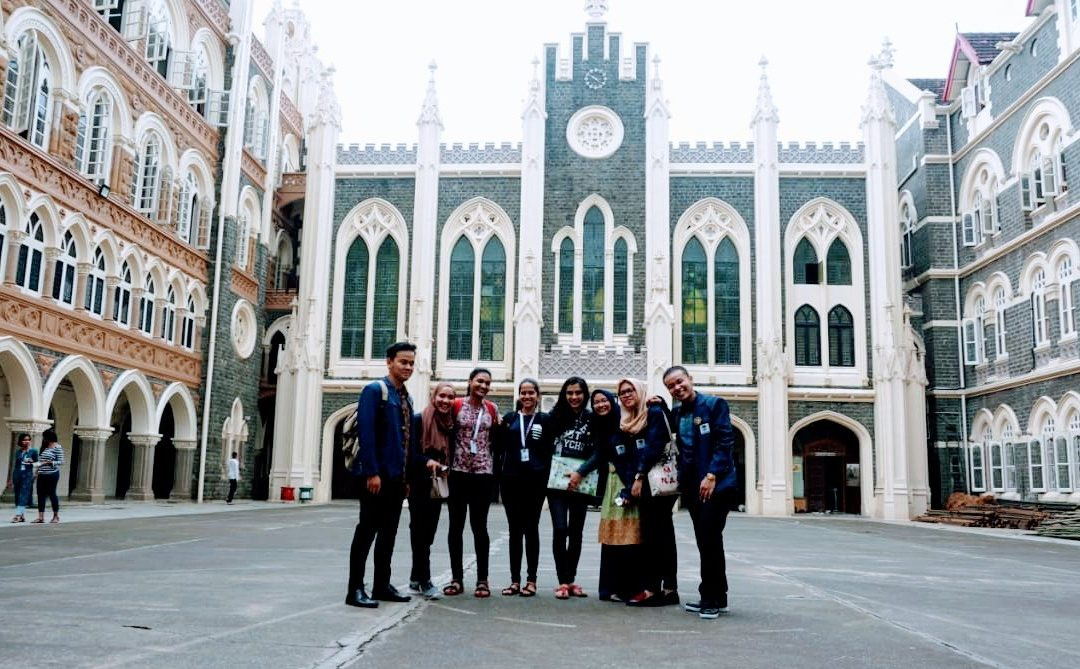 Mahasiswa UIN Jakarta Perkenalkan Indonesia ke India