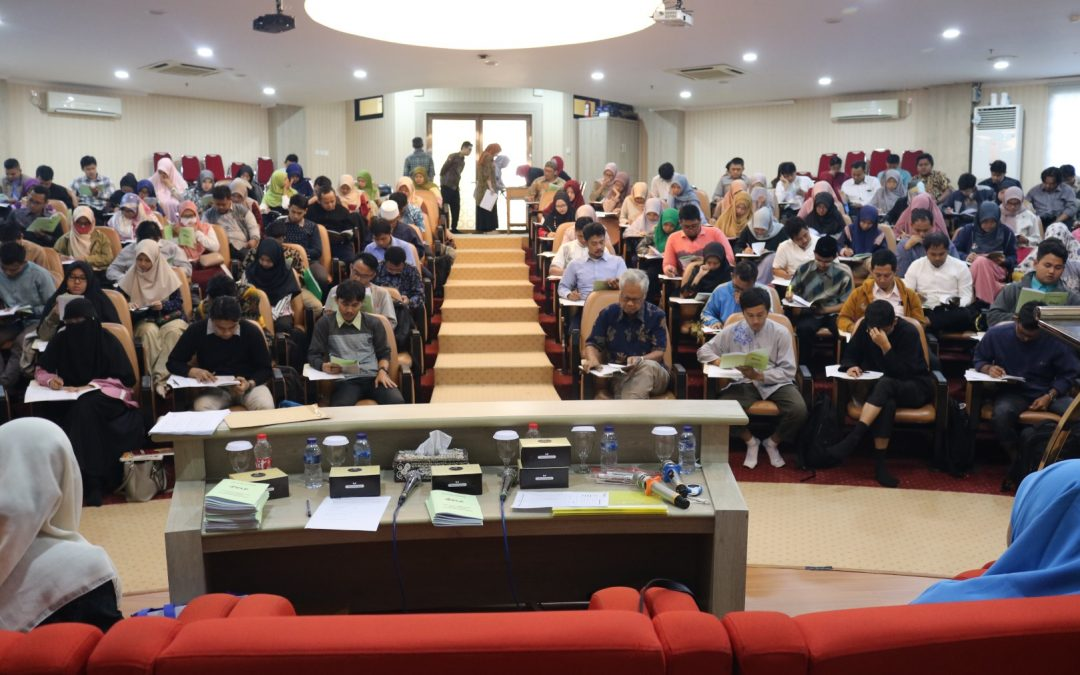 FITK Masters Program applicants take the entrance tests