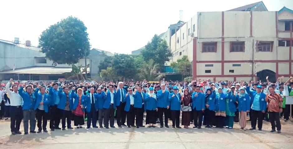 UIN Jakarta Ganti Warna Jaket Almamater
