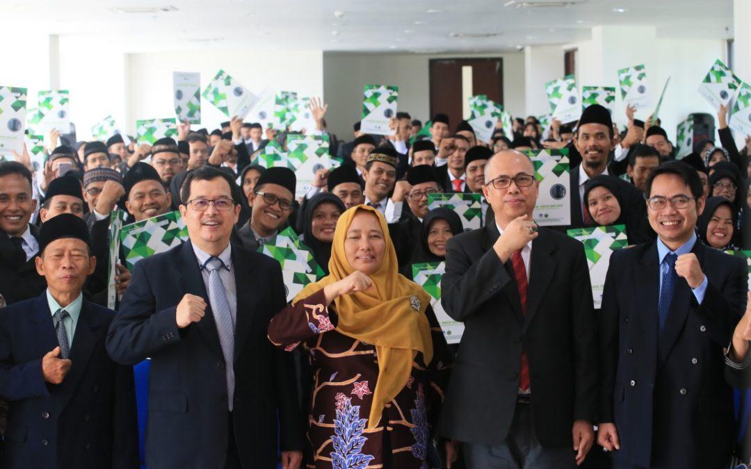 593 Guru Madrasah Dalam Jabatan 2018 Terima Sertifikat Guru Profesional