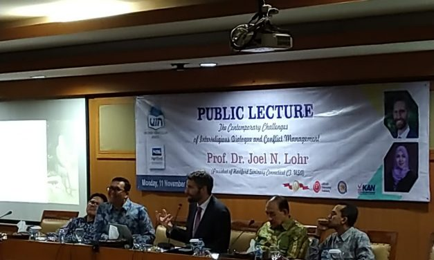 UIN Jakarta-Hartford Seminary holds public lecture