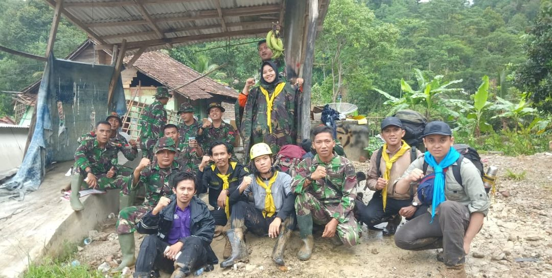Student of UIN Jakarta organizes post-disaster relief operations