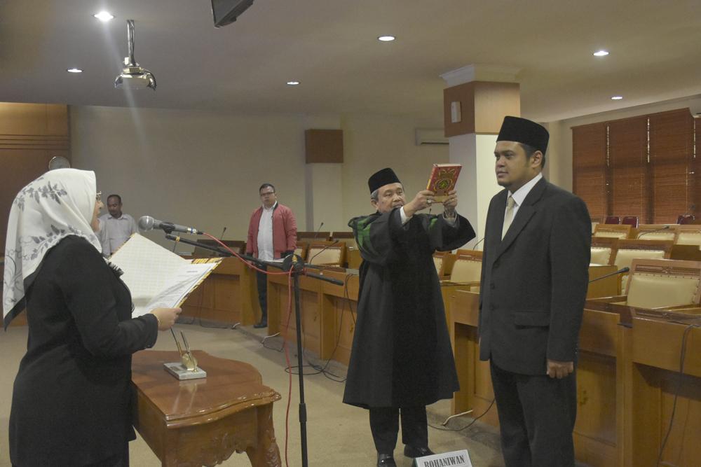 Rektor Amany Lubis Lantik Didi Gunawan Sebagai Pejabat Pengawas