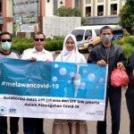 STF UIN Jakarta distributes free hand sanitizer
