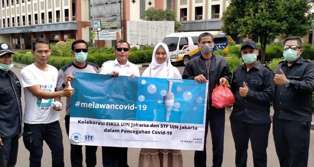 Antisipasi COVID-19, STF UIN Jakarta Bagikan Ratusan Hand Sanitizer