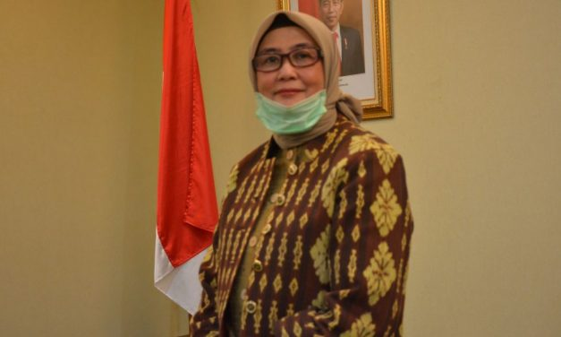 Rector Amany Lubis appoints Andi Wahyunngsih as Managing Director of the Jakarta Hajj Hospital